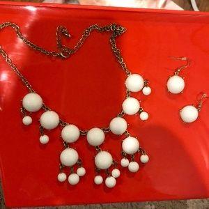White Bubble Necklace Set